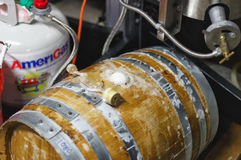 woxbic-barrel-fermenting-1024x768